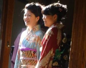 Japan-Twins-15